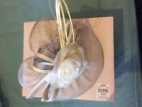 Jacques vert mother of bridal hat /Facinator