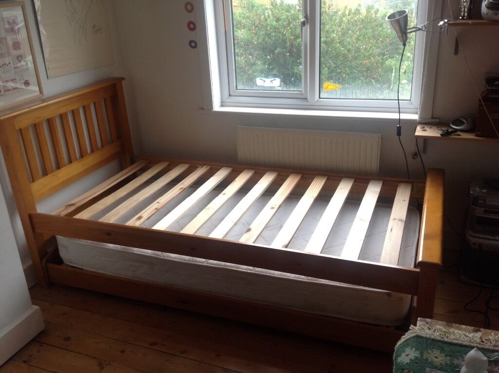 Solid Pine Single Bed Frame With Pull Out Trundle Bed For