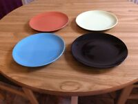 Ikea crockery, 6 Dinner plates and 4 Side Plates