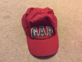 GAP kids red baseball cap size L/XL 56cm