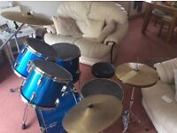 5 piece drum kit, used, good for beginner buyer collects