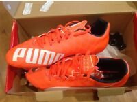 Football boots boys size 7 - brand new Puma Evo Speed 5