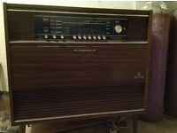 Vintage grundig Radiogram, not working but could be something simple just don't know.