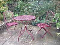 Garden table & 2 chairs