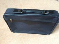 laptop bag/briefcase