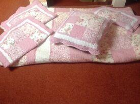 Double size bedspread