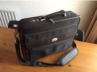 Smart Briefcase Laptop Bag Shoulder Papers Antler VERY COMFORTABLE
