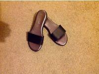 Brand new ladies sandles