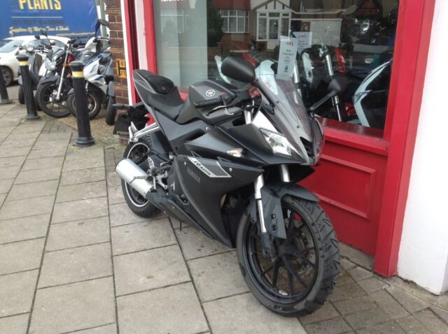 2016 YAMAHA YZFR 125 ABS CHEAP BIKE DOES HAVE SLIGHT ENGINE KNOCK STILL  STRATS & RIDES OK £1600 | in Bromley, London | Gumtree
