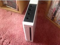 Used Nintendo wii for sale £25 with accessories