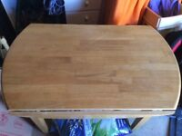 Pine kitchen table with side panels