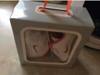Babies trainers