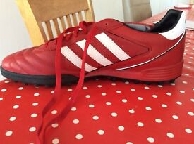 Addidas Kaiser 5 Astro football boots size 13
