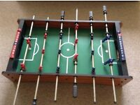 TABLETOP BAR FOOTBALL GAME VGC