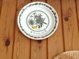 Botanic christmas plates