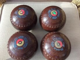 Set of 4 Hemselite bowls/woods Size 5