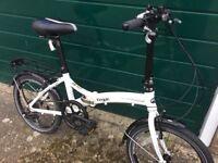 Dawes kingpin fold up bike. With carrier bag !,