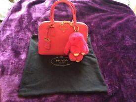 PRADA saffiano fushia pink handle bag with strap pe feet condition