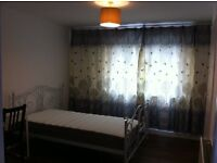Double room available from 01/03 in Littlemore for one person only