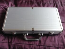 Brand new Poker Set 300 with aluminium carrying case
