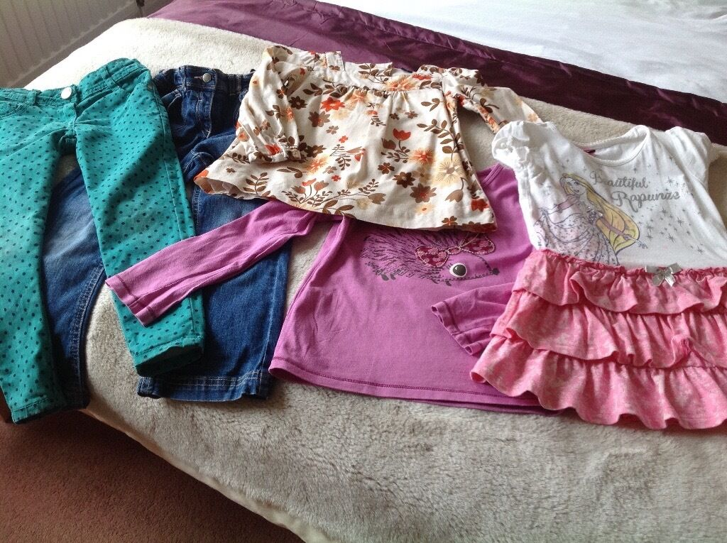 Bundle of Girls Clothes 4 5 yrsin Bearsden, GlasgowGumtree - All in brand new condition, hardly worn. 2 pairs trousers, denims and Slimfit fashion trousers both used once. Cream top with flowers from Gap and worn once, cerise hedgehog top and rapunzel design skirt/top both again used once. Looking to make room