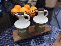 Set of oil/vinegar jugs