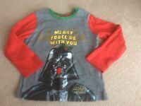 Boy's Christmas Star Wars top, age 4-5 years