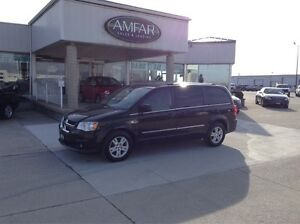 2014 Dodge Grand Caravan Crew / STOW N GO / NO PAYMENTS FOR 6 MO