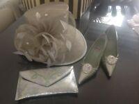 Beautiful Presen Hat in soft silvery green