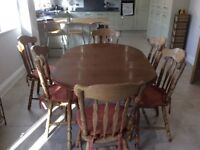Good condition dining room table and six chairs