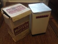 Retro / Vintage Toy Hoover Washing Machine by Mettoy Co.Ltd