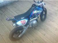 Pit bike used few time 3 mounth old