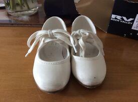 Tap shoes UK Infant size 6