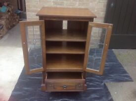 Old Charm Hifi Cabinet