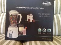 Breville combined juice and smoothie maker, boxed, unopened, unwanted gift