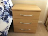 Bedside cabinets x2 and 6 drawer chests x2