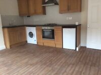 Two Nedroom Flat Central Selby