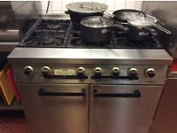 Commercial kitchen gas cooker