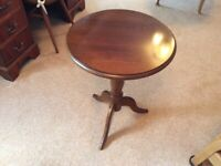 Waring-N-Gillow Small side table