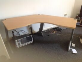2 x curved desk