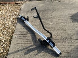 BMW top mounting cycle rack