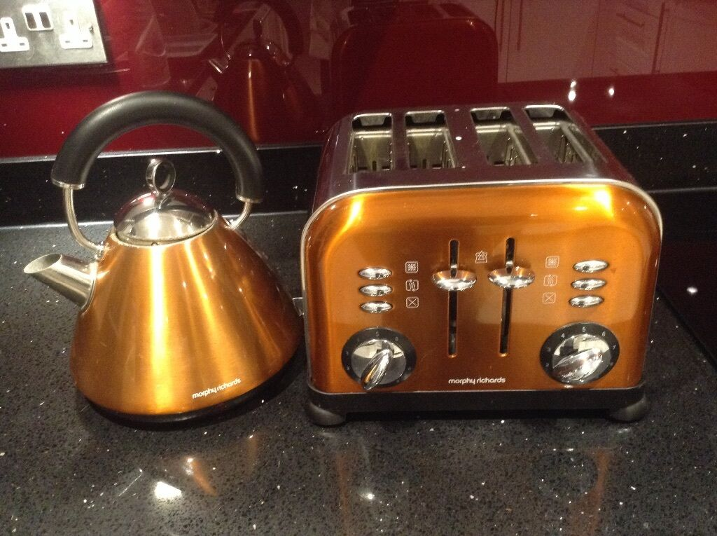 morphy richards kettle toaster burnt orange colour in winnersh berkshire gumtree. Black Bedroom Furniture Sets. Home Design Ideas