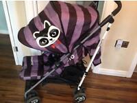 Raccoon riot pushchair with raincover & footmuff