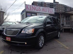 2013 Chrysler Town & Country Touring 7 PASS, BACK-UP CAM, LEATHE