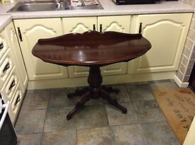 Half moon table £25 sturdy 3foot 6by 18 inches