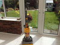 Dyson vacuum cleaner, in excellent condition.