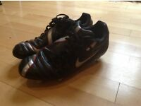 Football/rugby boots Nike total 90 size 8