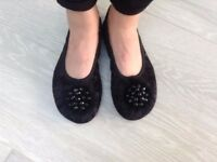 Black Ladies Slippers -Women's Slippers- Handmade-