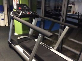 Spirit CT 800 running machine 5 months old, used for rehab; now not needed,, excellent condition