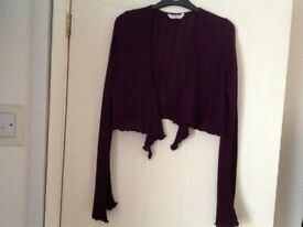 EDITIONS BURGUNDY CROPPED CARDIGAN. SMALL/MEDIUM. EXCELLENT CONDITION.